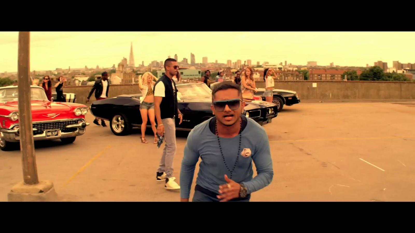 Yo Yo Honey Singh With...